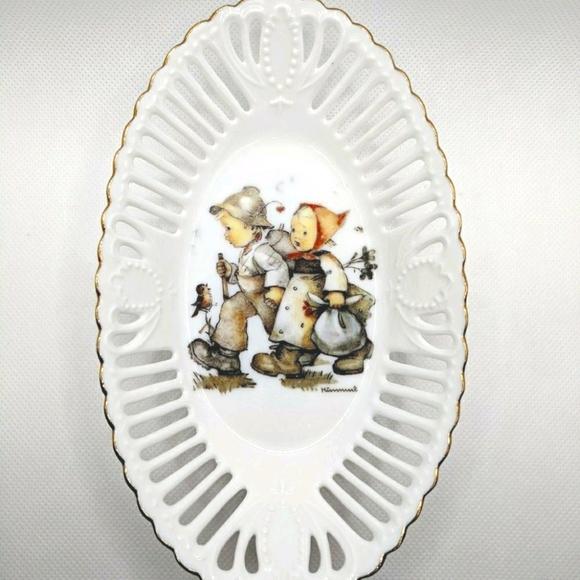 Hummel Hansel & Gretel Porcelain & Gold Dish